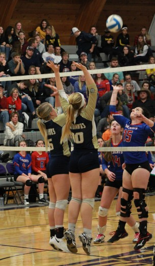 Maddie Nelson and Lydia Carlson (Photo by Ian Grande)